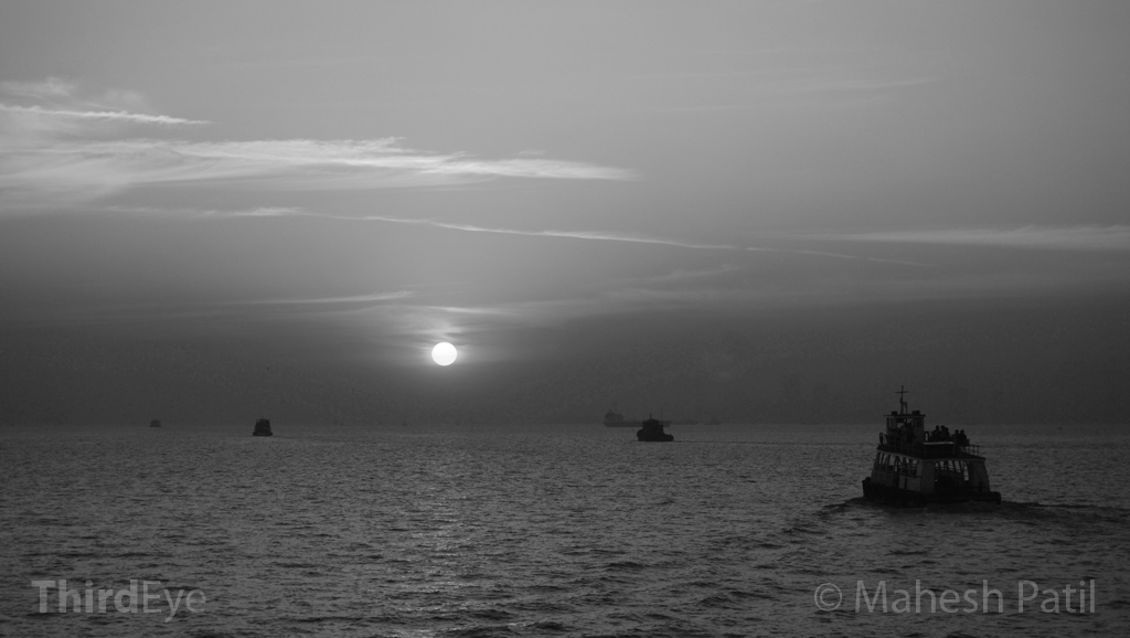 Mahesh Patil, Mumbai, Sunset, Arabian Sea, Seascape, Black & White