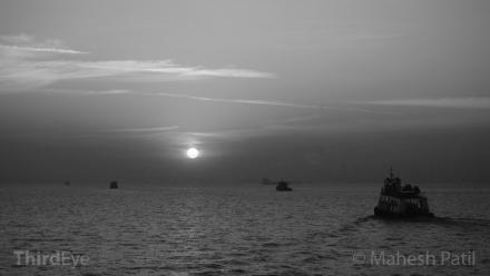 Mahesh Patil, Mumbai, Sunset, Arabian Sea, Seascape, Black & White