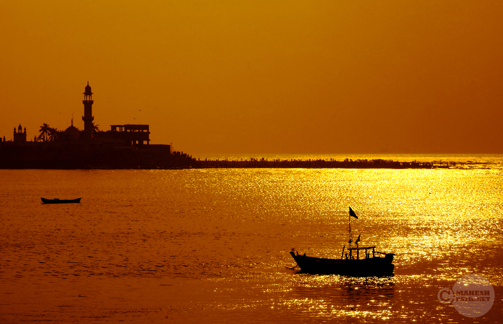 Sunset at the Haji Ali Dargah, Haji Ali Dargah, Mahesh Patil, Photography,