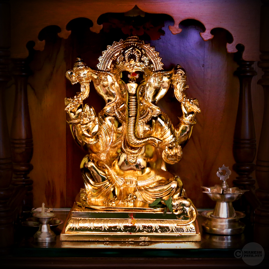 Glittering God, Ganpati, Mahesh Patil
